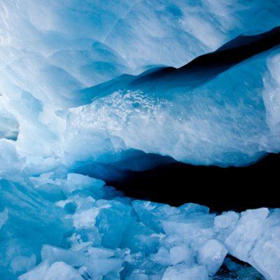 Eistrümmer verbergen Eingangskluft - Morteratschgletscher - 16. Januar 2011