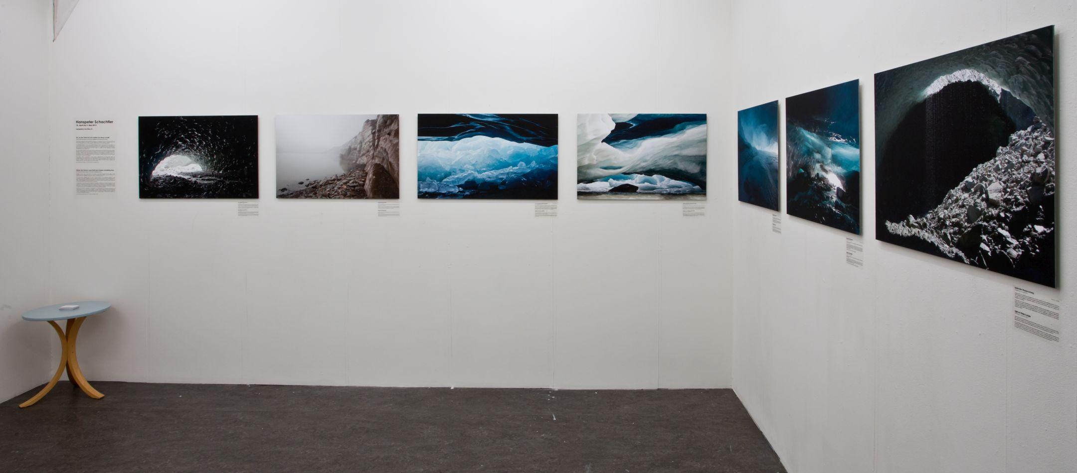 Ausstellung von Hanspeter Schachtler in der Photobastei zwischen dem 18. April und 5. Mai 2019. Es werden sieben Bilder aus der Welt der Gletscher gezeigt.